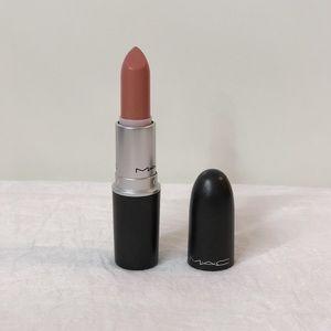 Mac Cosmetics Marquise D' lipstick